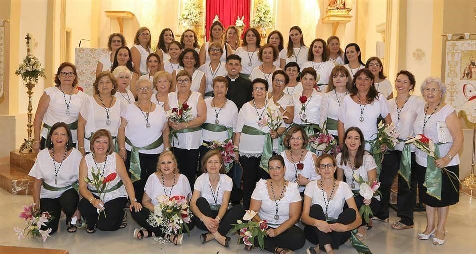 «Santa Mónica» entrega un donativo a Cáritas Parroquial