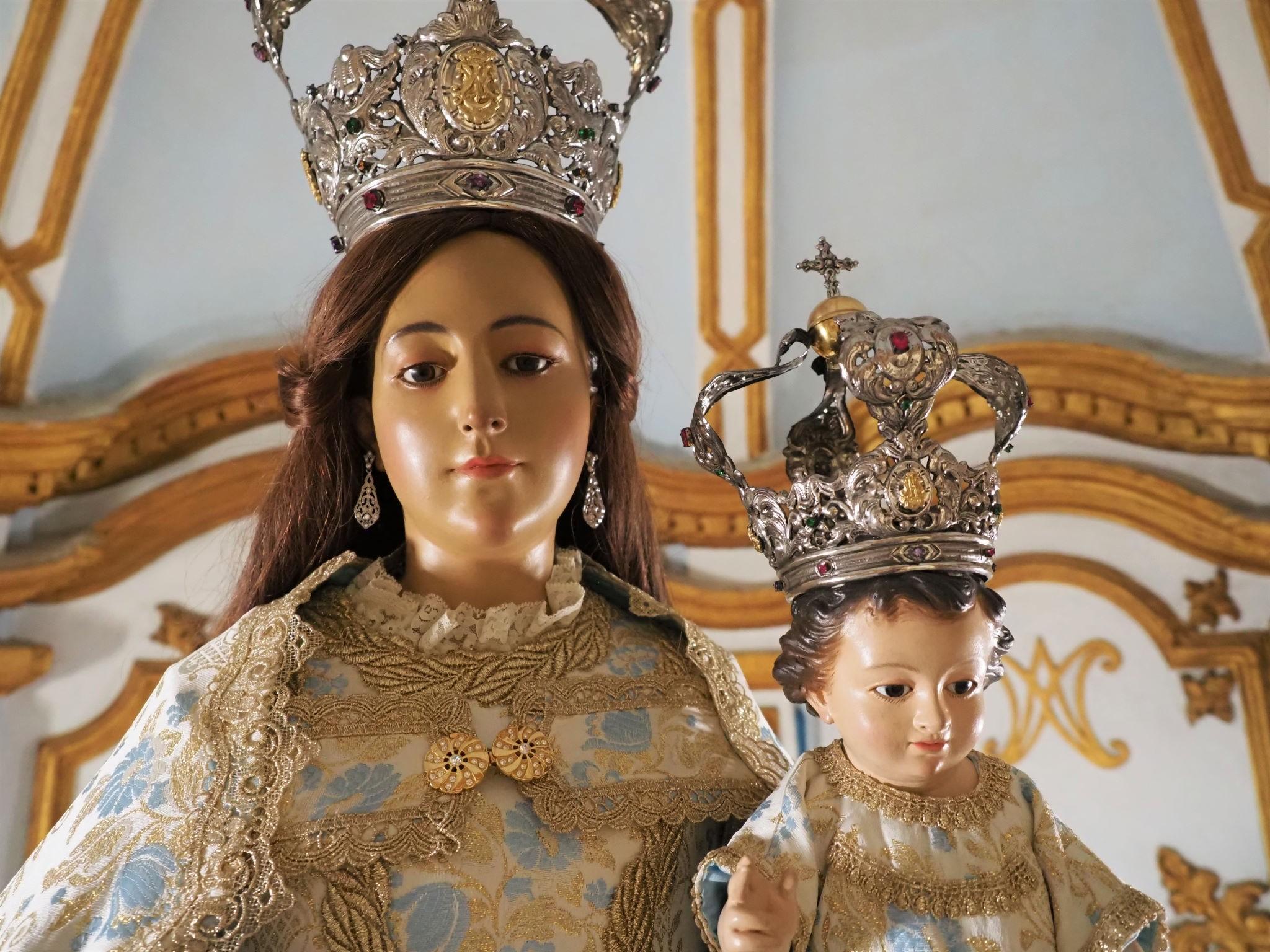 La Virgen del Rosario cumple 80 años